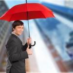 Versicherungsvertreter reguliert Schäden, die es nicht gibt
