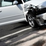 Im Rausch der Geschwindigkeit – teurer Autoschrott für KFZ-Versicherung