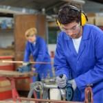 Vertriebsmotor - Gewerbeversicherung für Existenzgründer