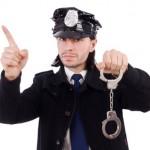Kein Versicherungsschutz für Katze, Golduhr, Tinnitus und falsche Polizisten